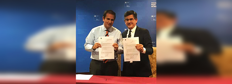 Alcalde e Intendente firman convenio para financiar importantes obras